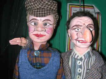 Schele en Neus uit de collectie van Pier Colle (koppen gerestaureerd door Michel Bracke, poppen herkleed door Rietje Meuleman