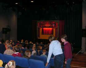 Optreden van het reizend theater te Wijnegem